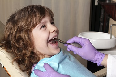 Our dedicated children's dental therapist at Parkside Dental in Dubbo makes your child's visit to the dentist fun and educational.